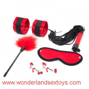 5 pcs/set Leather Bondage Set Kit Fetish Whip Blindfold Wrist cuffs Nipple clamp Flirt feather,BDSM Bed Restraint Sex Game Toys